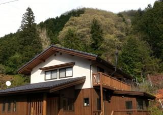 自分の山の木の家_1